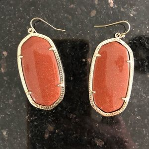 KENDRA SCOTT Danielle earrings in goldstone